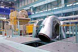 Large-capacity centrifugal compressor at new test facility